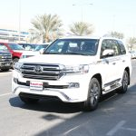 Toyota Land Cruiser VXS 5.7 L