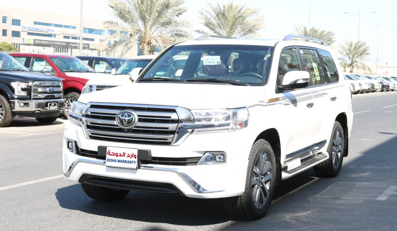 Toyota Land Cruiser VXS 5.7 L