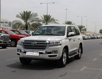 Toyota Land Cruiser GXR FULL OPTIONS