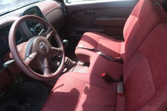 Nissan - Pickup 4WD
