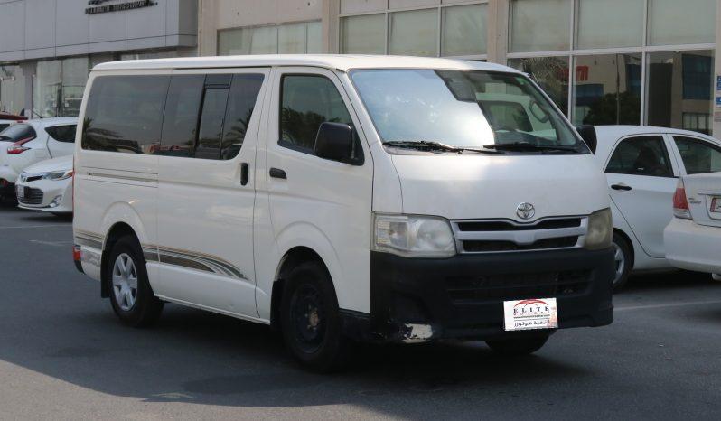 Toyota - Hiace 2.7 L
