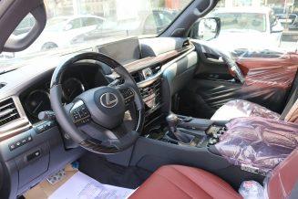 Lexus - LX 570 Sport - white
